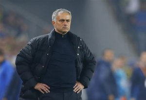 """Old Trafford insiders have admitted the club are """"uncomfortable"""" by the recent war of words between Jose Mourinho and Paul Scholes."""