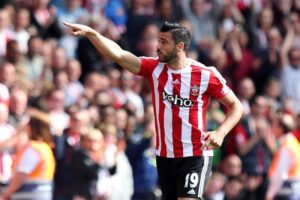 Everton boss Ronald Koeman is being linked with a move for Southampton's Italy ace Graziano Pelle but Juventus are the favourites.