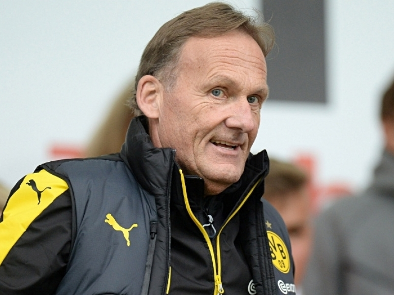 Borussia Dortmund's chief executive Hans-Joachim Watzke says that German football doesn't want to go the way of the English game where fans are treated like 'clients'.