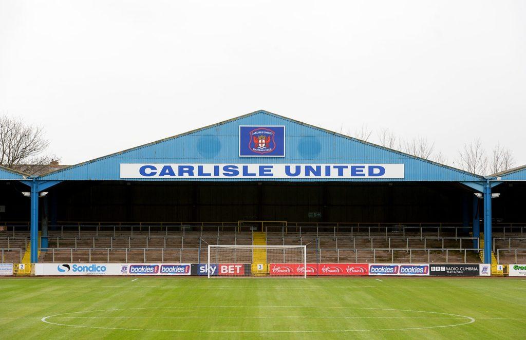 Carlisle have signed Sheffield United midfielder Regan Slater on a six-month loan.
