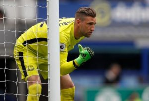 Maarten Stekelenburg says he is looking forward to pushing Jordan Pickford after the Dutchman signed a new two-year contract.