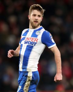 Wigan got off to a dream start on their return to the Sky Bet Championship by edging Sheffield Wednesday 3-2 in a thriller at the DW Stadium.