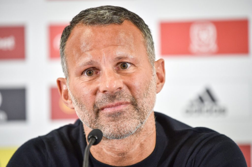 Ryan Giggs has ruled out taking the Manchester United job and has urged supporters to rally round embattled manager Jose Mourinho.