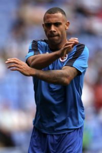 Experienced defender Anton Ferdinand has left Southend by mutual consent.