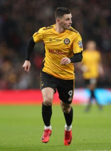 Padraig Amond scored twice as Newport coasted to a 4-1 win at Cambridge in the first round of the Carabao Cup.