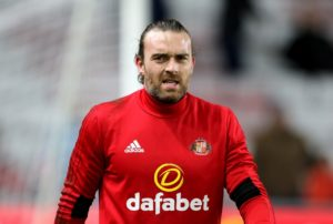 Birmingham have signed goalkeeper Lee Camp on a free transfer from Cardiff, the Championship club have announced.