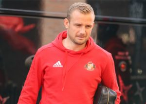Lee Cattermole's second-half double maintained Sunderland's fine start to the Sky Bet League One season as they claimed a 2-1 win at AFC Wimbledon.