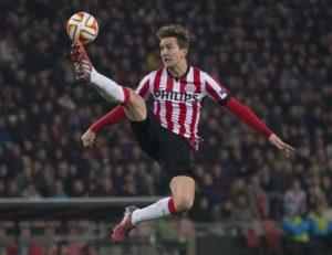 Luuk de Jong is hoping PSV Eindhoven can make a winning start under new coach Mark van Bommel in Saturday's Dutch Super Cup.