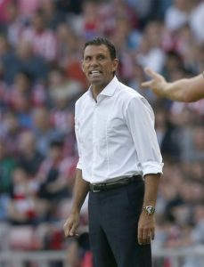 Gus Poyet appears set to stand down as Bordeaux head coach after being suspended following a bust-up with the club's owners.