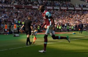 West Ham have cashed in on Senegal midfielder Cheikhou Kouyate, who has joined Crystal Palace for an undisclosed fee.