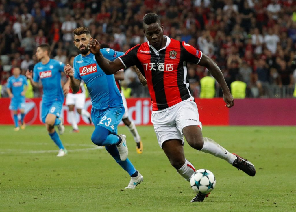 Marseille manager Rudi Garcia has ruled out a move for Nice's Mario Balotelli as he is not interested in recruiting a new striker.
