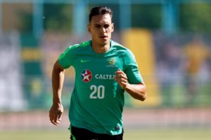 PSV Eindhoven have beaten off competition from rival clubs to secure the signature of free agent Trent Sainsbury.