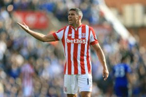 Ipswich striker Jon Walters is expected to miss out on facing former club Bolton in Saturday's Championship clash.