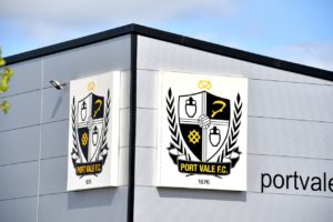 Substitute Idris Kanu scored a dramatic late equaliser to earn Port Vale a 1-1 draw with Exeter at Vale Park.