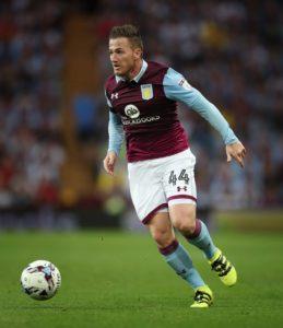 Aston Villa striker Ross McCormack has joined Australian side Central Coast Mariners on a season-long loan deal.