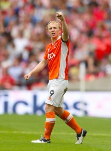 Blackpool striker Mark Cullen scored the only goal in a 1-0 win at Sky Bet League One strugglers Plymouth.