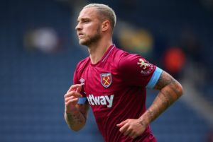 West Ham could name an unchanged team if Marko Arnautovic is able to shake off a knee problem before facing Chelsea on Sunday.