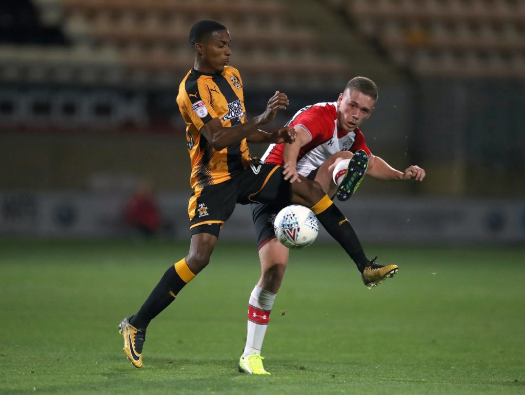 Jevani Brown has shown his commitment to Joe Dunne's project at Cambridge by signing a contract extension.