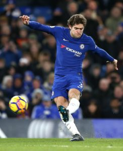 Chelsea's Marcos Alonso says he moved to the club in order to become the best left-back in the world.