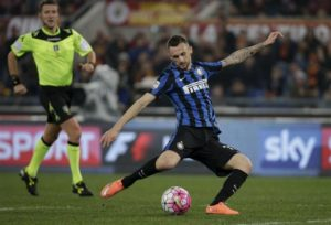 According to reports in Italy, Inter Milan are set to reward midfielder Marcelo Brozovic with a new contract.