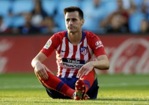 Atletico Madrid striker Nikola Kalinic has suffered an injury to his ankle during training on Friday morning.