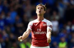 Barcelona target Nacho Monreal says he has begun talks with Arsenal about extending his contract with the Gunners.
