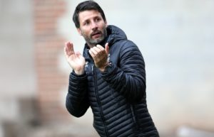 Danny Cowley vowed to appeal Ellis Chapman's contentious red card after his Lincoln side were held to a 1-1 draw by Cambridge.