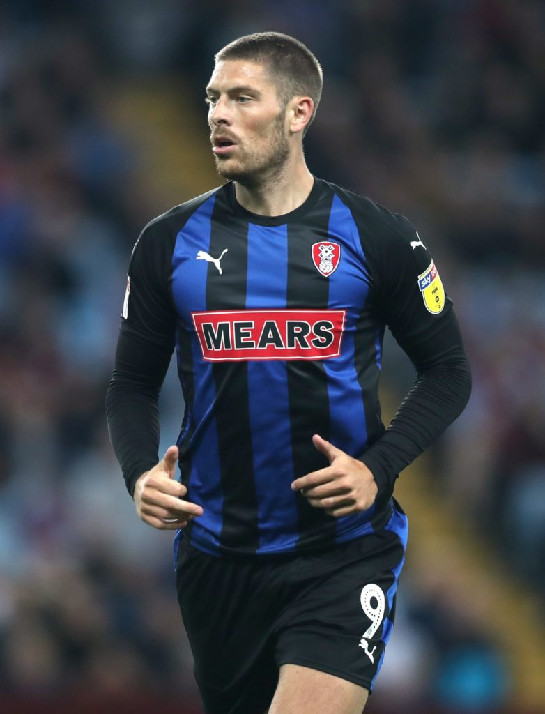 Rotherham have handed contract extensions to attacking duo Michael Smith and Jamie Proctor.