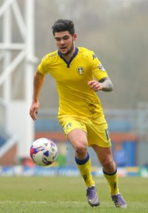 Alex Mowatt scored the only goal as Barnsley bounced back from consecutive defeats to beat Bristol Rovers 1-0 at Oakwell.
