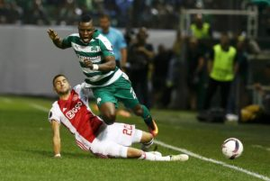 Roma are keen to do a deal for Ajax attacker Hakim Ziyech but his agent wants him to move to England instead.
