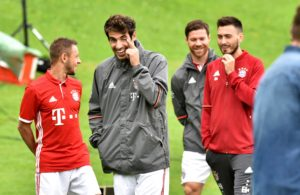 Bayern Munich midfielder Javi Martinez is adamant that his team will bounce back after their poor start to the campaign.