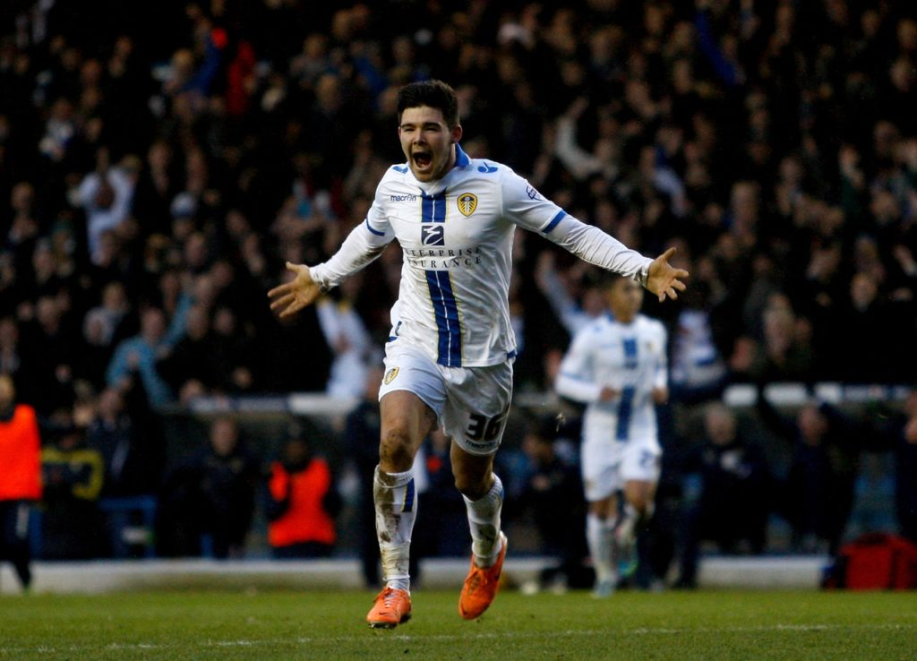 Barnsley midfielder Alex Mowatt has signed a new deal at the club which could boost the League One side ahead of their South Yorkshire derby against Doncaster.