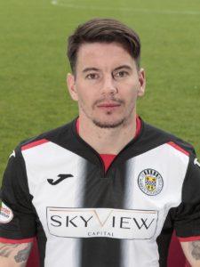 Adam Hammill gave Oran Kearney his first Ladbrokes Premiership win as St Mirren manager as he bagged a brace to sink Hearts 2-0.