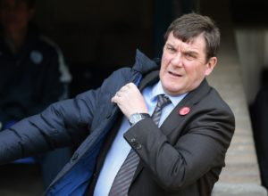 St Johnstone boss Tommy Wright is looking for more happiness against Hibernian when he takes his in-form side to Easter Road on Saturday.