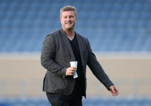 Oxford boss Karl Robinson believed two-goal Marcus Browne should have finished with at least a hat-trick in the U's 4-2 win over Rochdale at the Kassam Stadium.