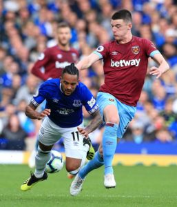 West Ham's Declan Rice has suggested he could sign a new deal by praising the club's stadium expansion plans.