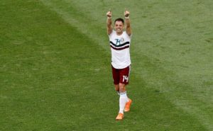 Turkish side Besiktas are reported to be lining up a move for West Ham United striker Javier Hernandez in the January window.