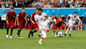 Nottingham Forest have completed the signing of Iran international Karim Ansarifard on a deal that runs until the summer of 2020.