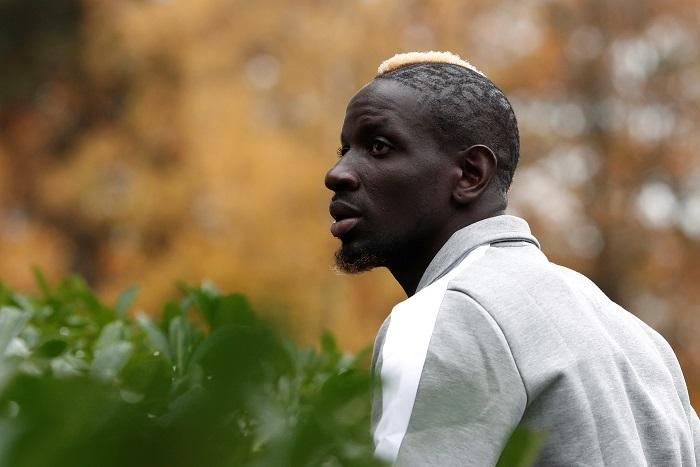 Crystal Palace could be without defender Mamadou Sakho for Saturday's clash at Manchester United.
