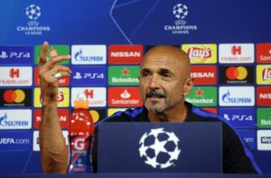 Inter Milan say there are no plans to replace Luciano Spalletti with Jose Mourinho following his sacking at Manchester United.