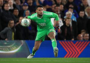 Wycombe have signed goalkeeper Stephen Henderson on a emergency one-week loan from Nottingham Forest.