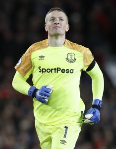 Marco Silva hailed Jordan Pickford after a late save from the England goalkeeper ensured Everton claimed a point against Newcastle.