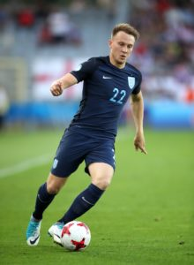 Barnsley are waiting to learn if Cauley Woodrow will be fit enough to face League One leaders Portsmouth on Saturday.