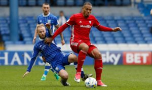 A frustrated Neil Warnock has urged striker Kenneth Zohore to fulfil his potential and 'steamroller' the Premier League.