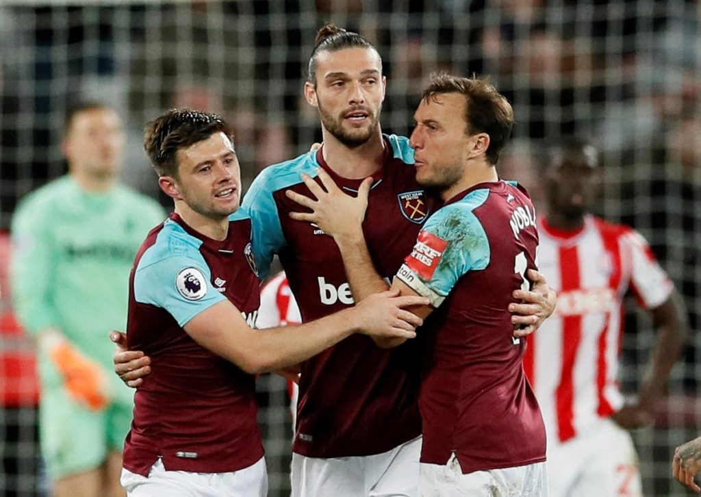 Two teams in contrasting form meet at the London Stadium on Saturday although just two places separate West Ham and Crystal Palace.
