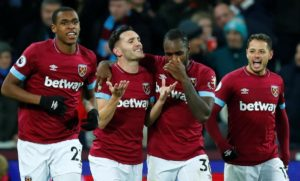 West Ham striker Lucas Perez will need to pass a late fitness test to earn a spot in the squad for Saturday's trip to Fulham.