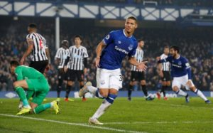 Newcastle United held firm to secure a deserved point from a 1-1 draw against Everton at Goodison Park.