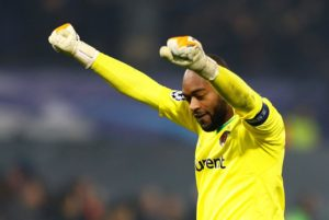 Kenneth Vermeer says leaving Feyenoord in January is an option he will consider due to his lack of playing time.