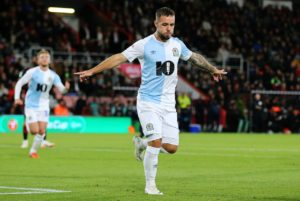 Blackburn moved to within three points of the Sky Bet Championship play-off places with a convincing 3-0 victory at home to Hull.