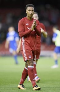 Nicky Maynard produced a moment of brilliance to help title-chasing Bury come from behind to win 2-1 at Forest Green.